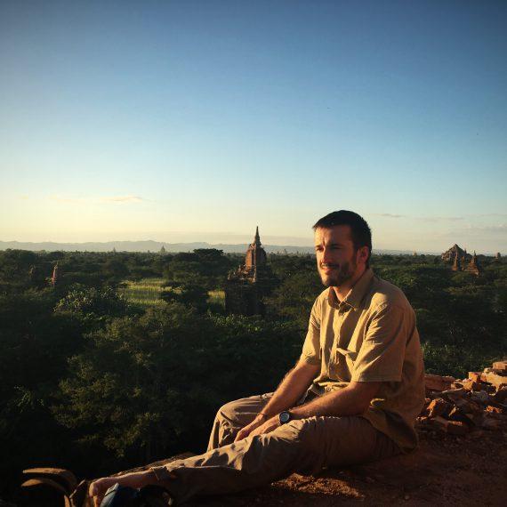 Premier coucher de soleil sur Bagan