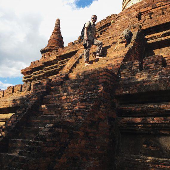 Ascension d'un stupa